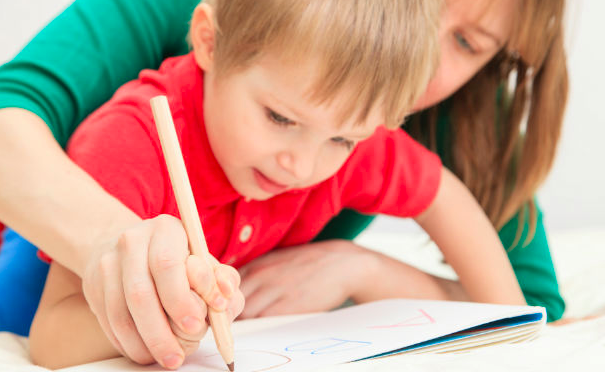 Ayuda a tu hijo a aprender a escribir